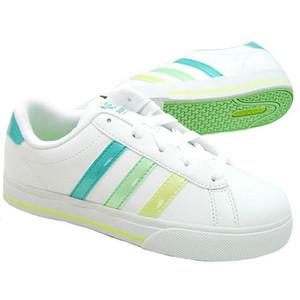 adidas スニーカー 緑ライン
